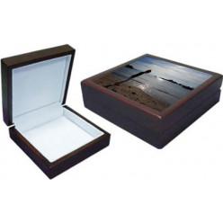 Coffret cadeau en bois 18,2 x 18,2 x 7,2 cm