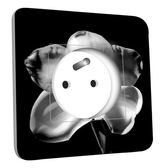 Prise décorée - Fleurs Black&White